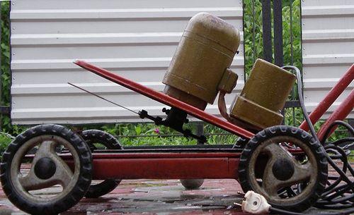 Как самому сделать механическую косилку для газона?