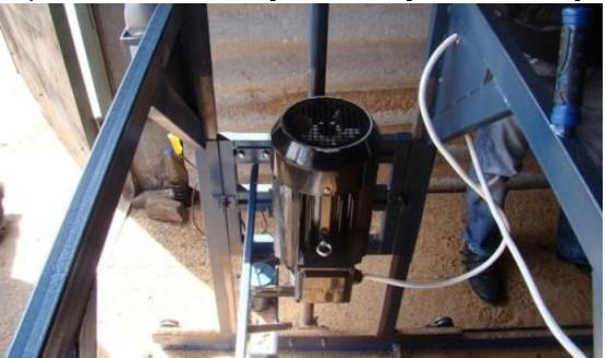 Пилорама из электропилы: регулировочный механизм
