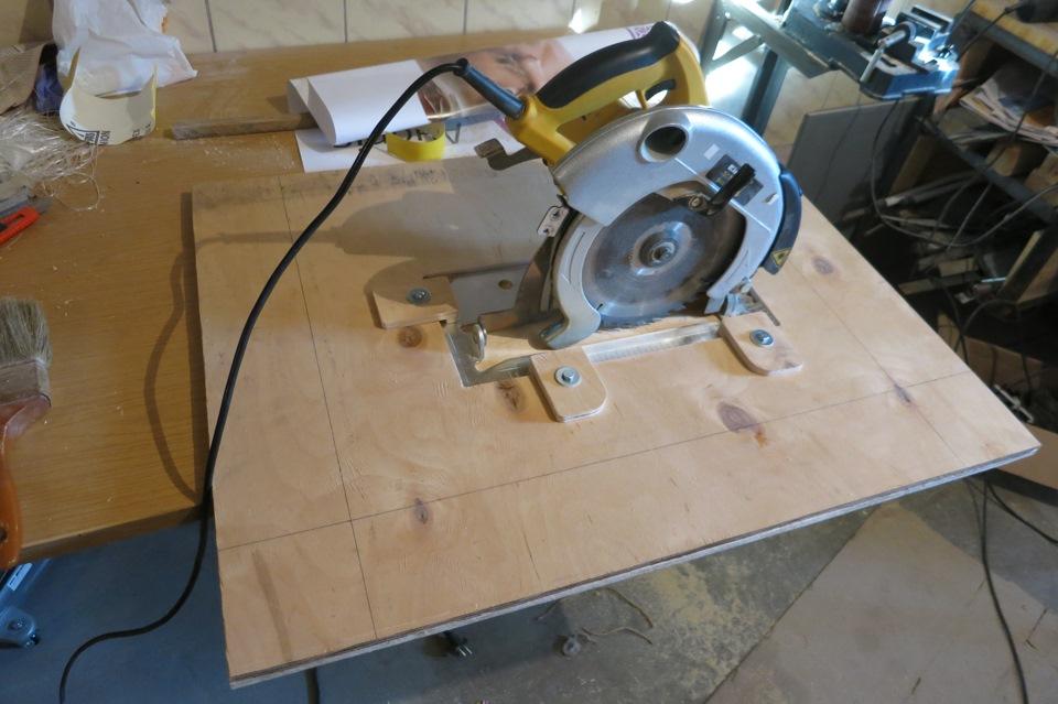 Циркулярка из ручной дисковой электропилы самодельная